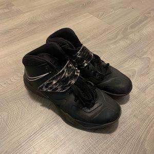 Nike LeBron ID Basketball shoes